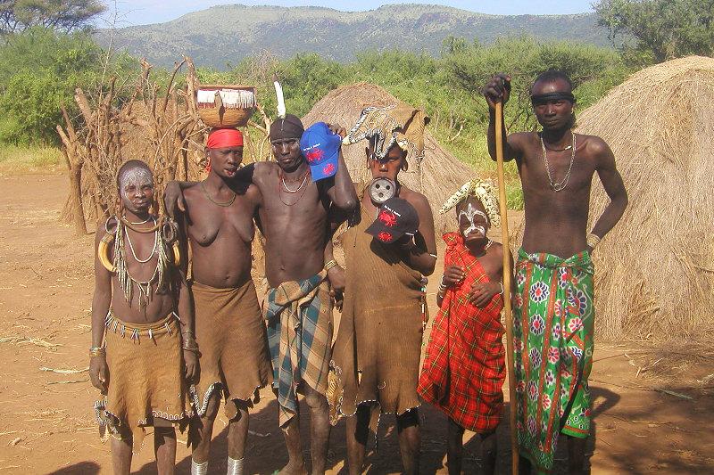 衣索比亞Ethiopia▍莫西族(Mursi)★傳說中的盤唇族人!