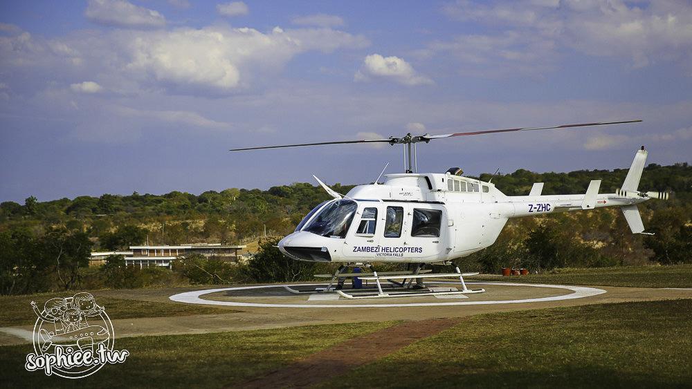 辛巴威旅遊︱維多利亞大瀑布。奢侈地搭上直昇機吧!