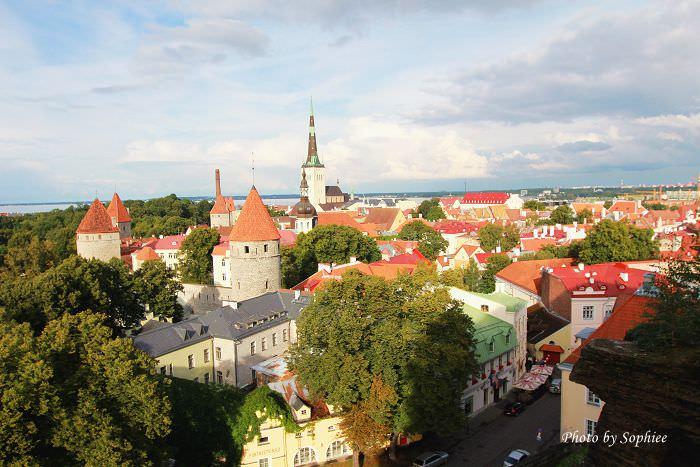 【波羅的海】愛沙尼亞。塔林古城(Tallinn, Estonia):穿梭巷弄散散步 — 那些時光流轉的小巷~