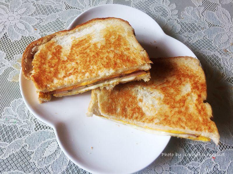 [宅配美食]熱樂煎爆漿乳酪三明治♥全台創始 外帶專賣店♥
