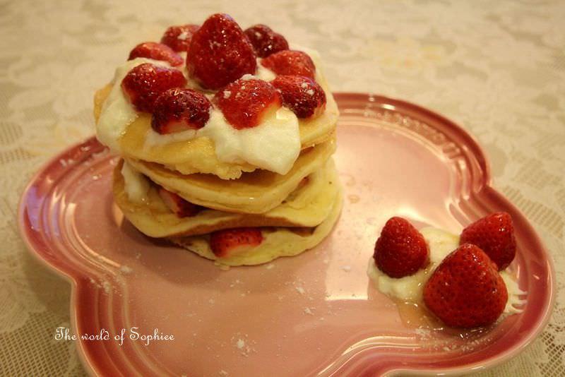 [幼兒點心]草莓銅鑼燒鬆餅塔
